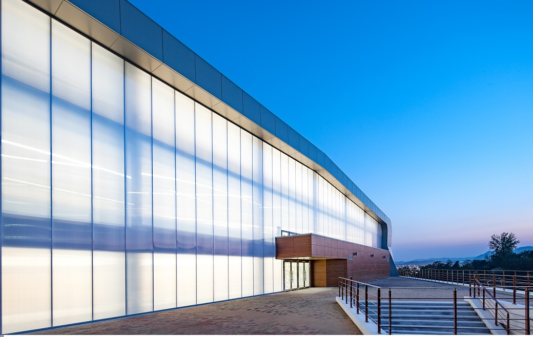 How Danpal Makes a Lightweight Curtain Wall Possible